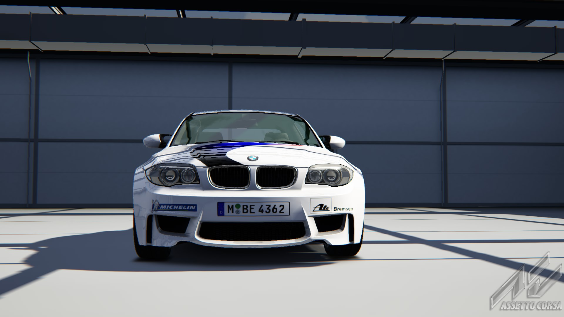 Showroom_bmw_1m_18-8-2014-13-55-20.jpg