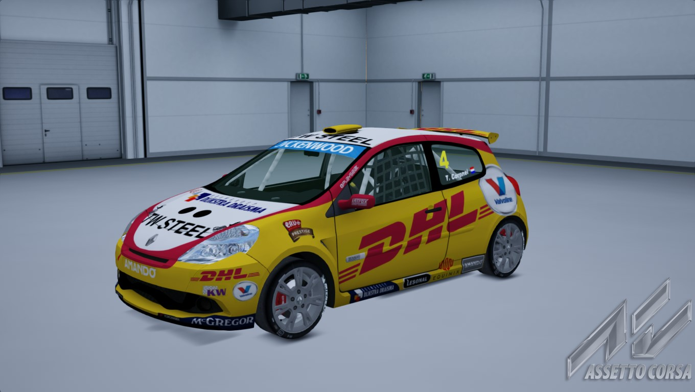 Showroom_renault_clio_cup_197_13-3-2015-23-23-38.jpg