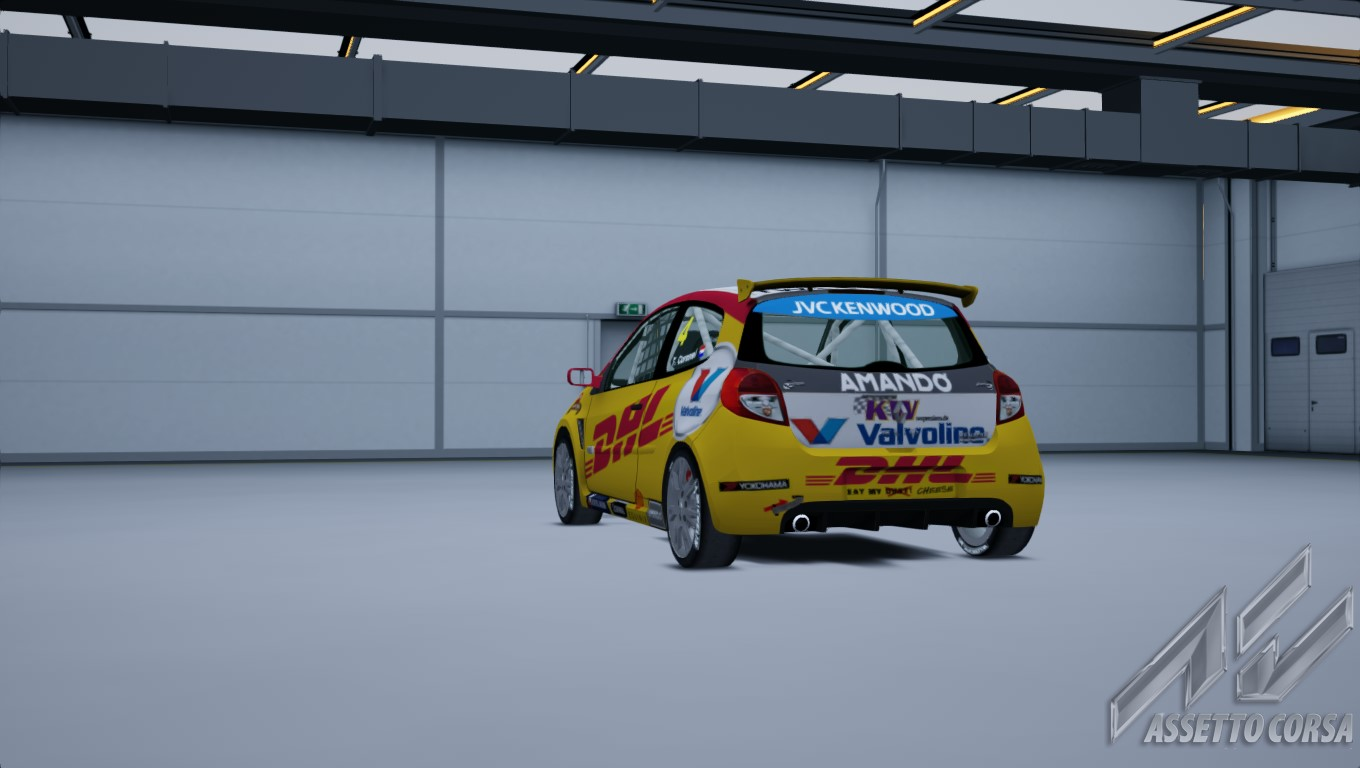 Showroom_renault_clio_cup_197_13-3-2015-23-23-53.jpg