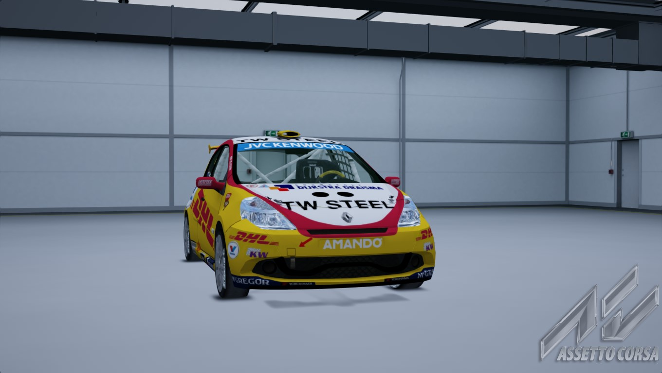 Showroom_renault_clio_cup_197_13-3-2015-23-24-10.jpg