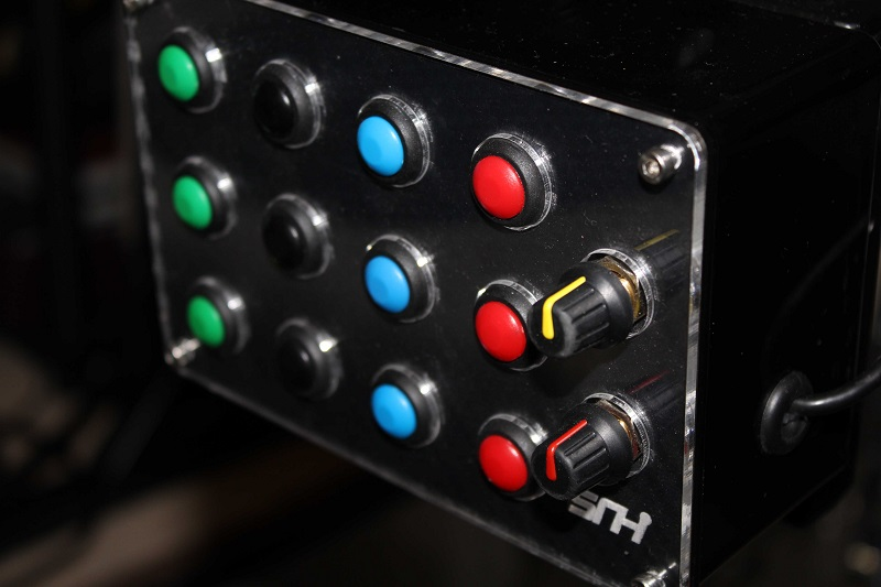Sim Racing Hardware (SRH) SBB2 Button Box 04.JPG