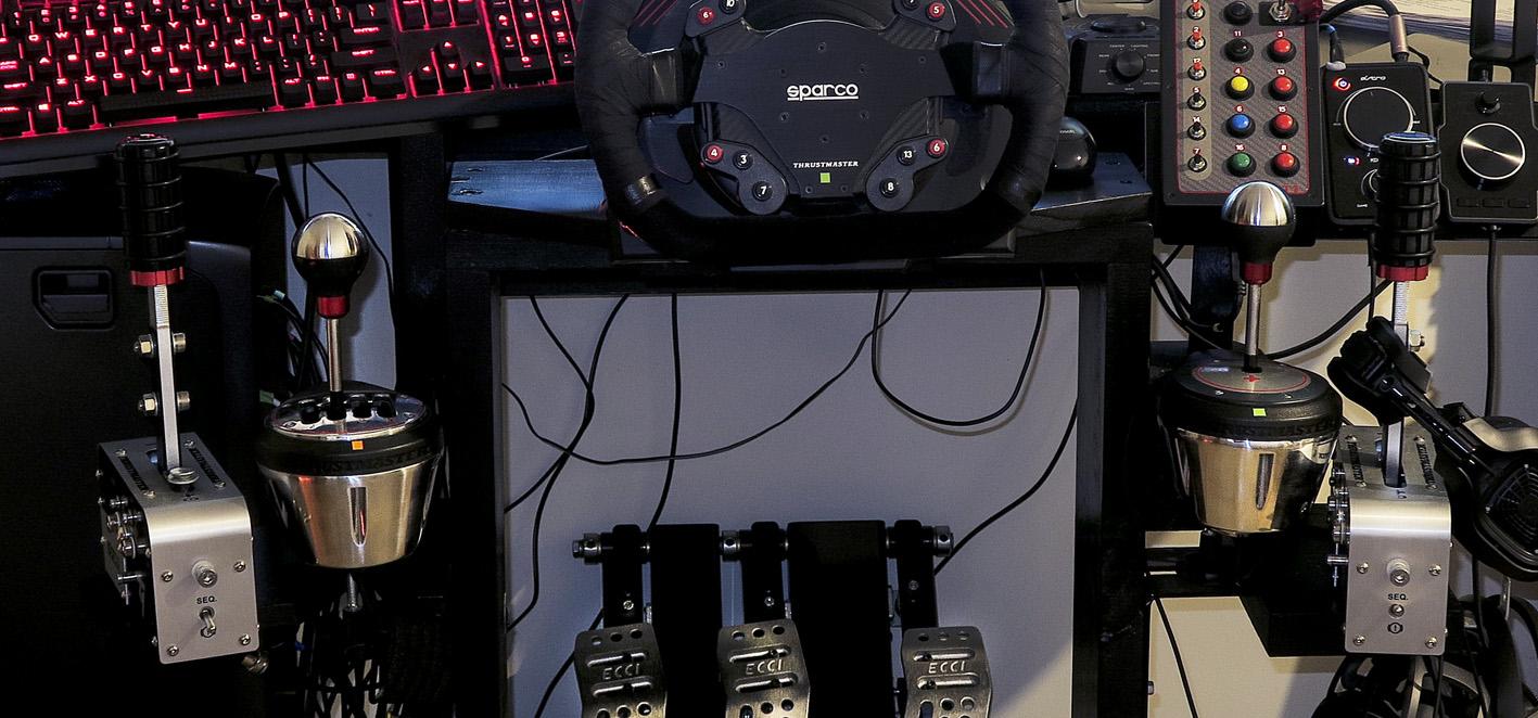 SIM RIG AOC MONITOR acc cockpit VIEW FLAT shifter crop.jpg