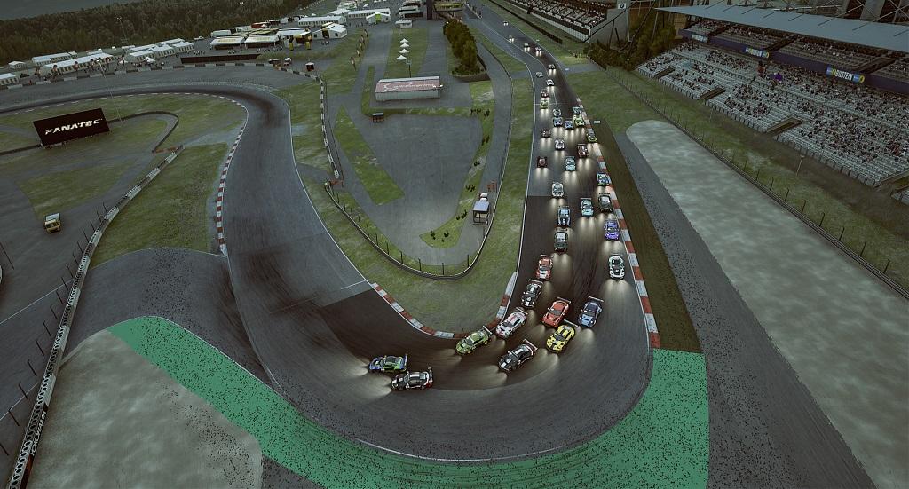 SRO AM Series Round 3 - Start.jpg