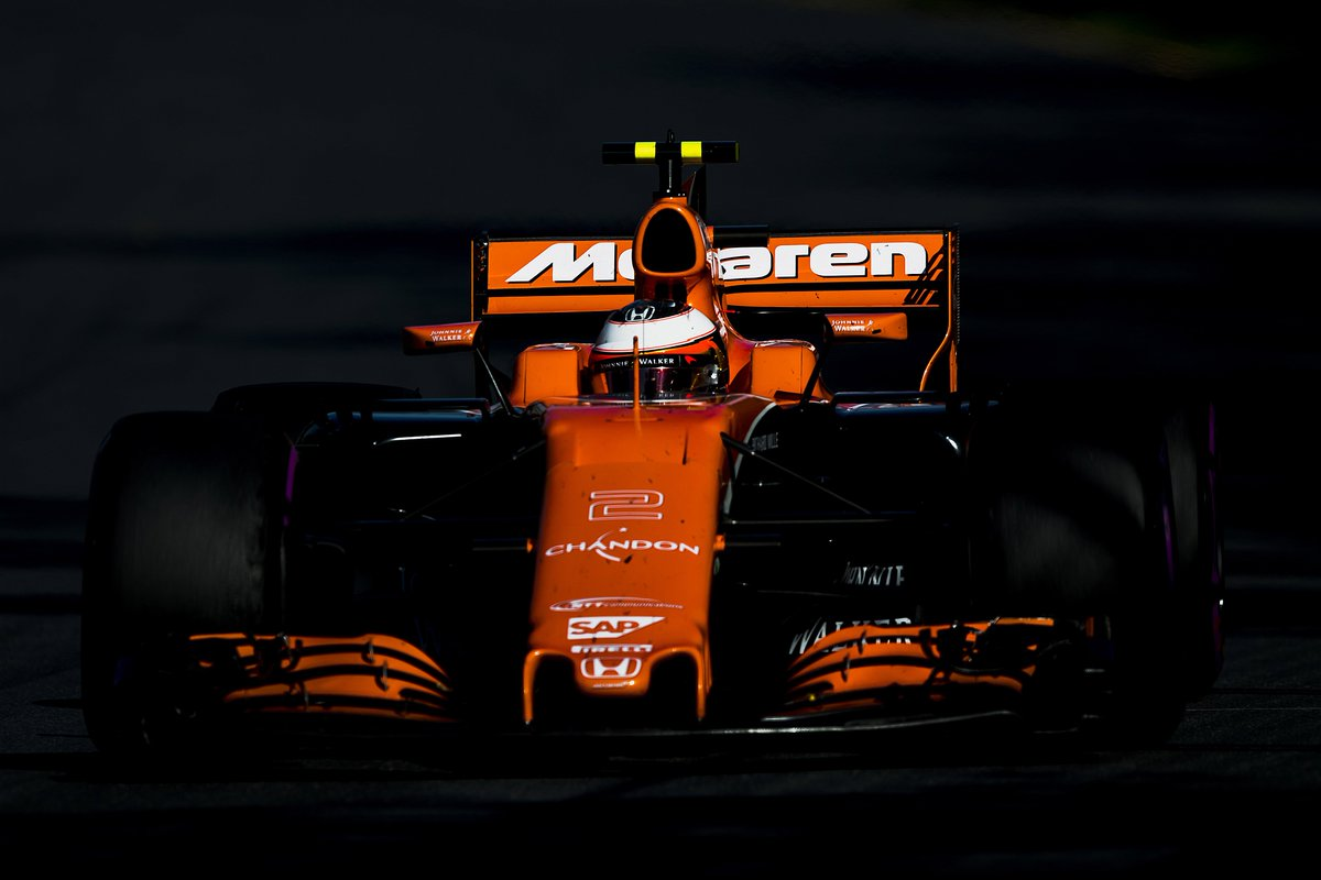 Stoffel Vandoorne Extends McLaren Contract.jpg