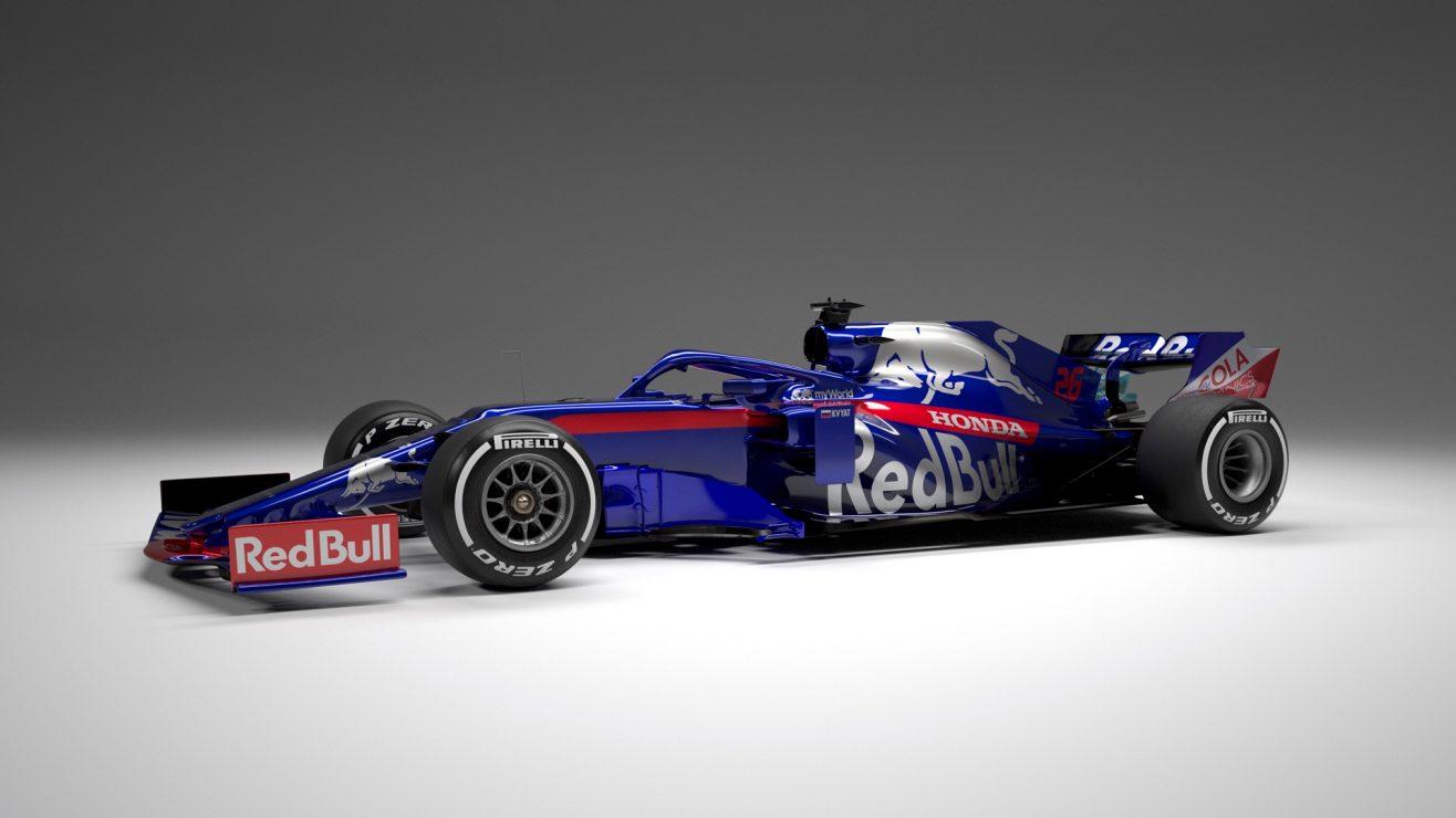 Toro Rosso STR 14 3.jpg