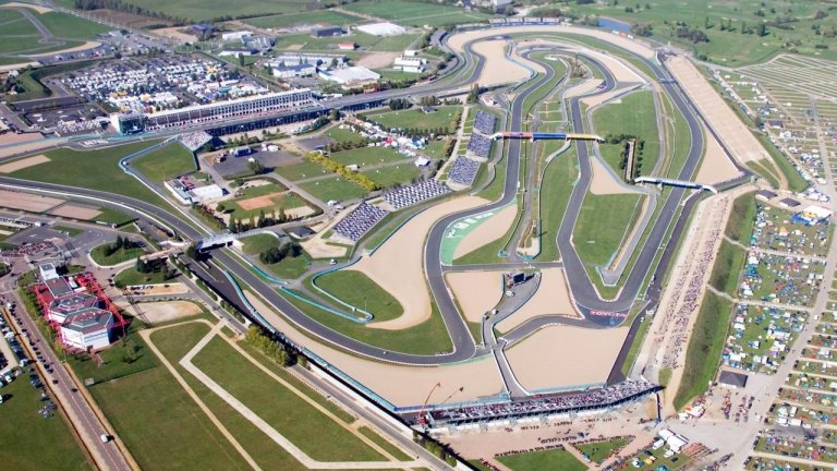 track-days-magny-cours-gp-circuit.jpg