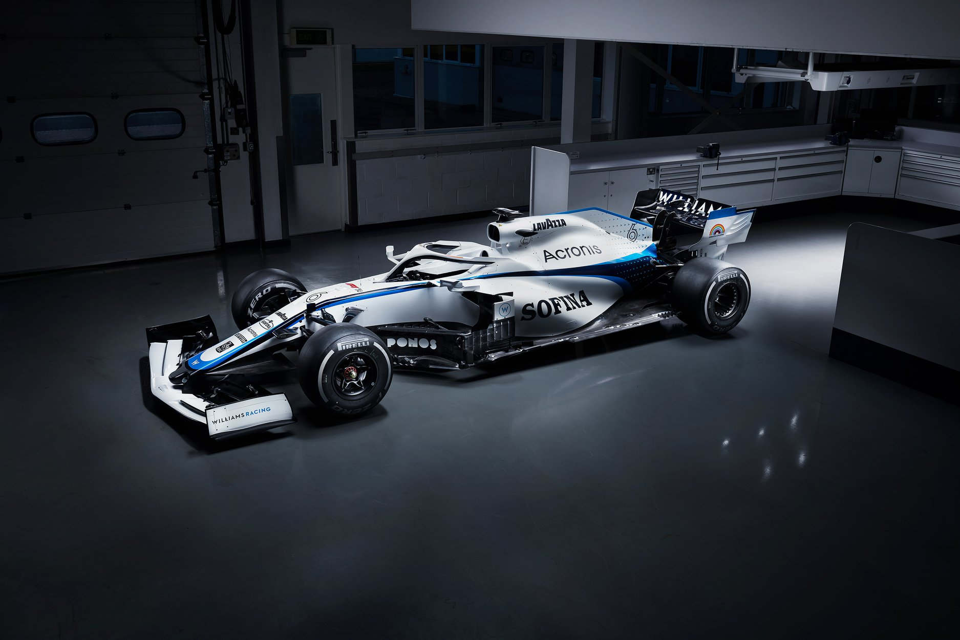 Williams FW43 2.jpg