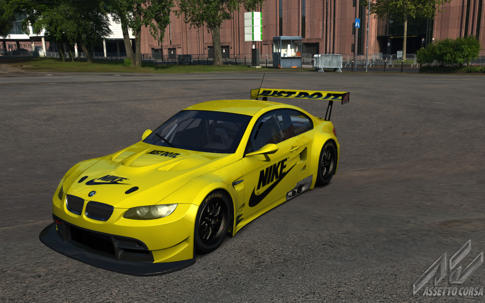 Yellow_M3_GT2.jpg