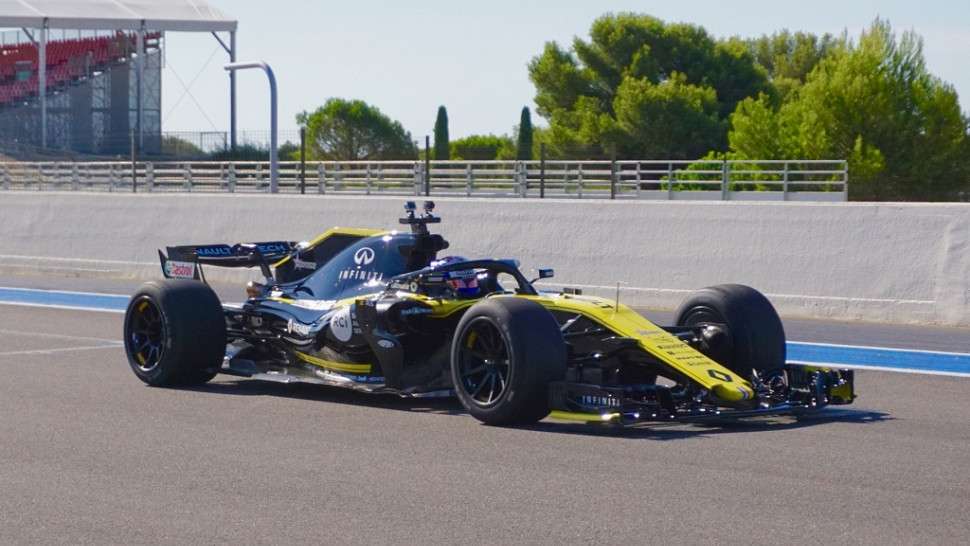 First Track Time For 2021 Specification 18-Inch F1 Tyres