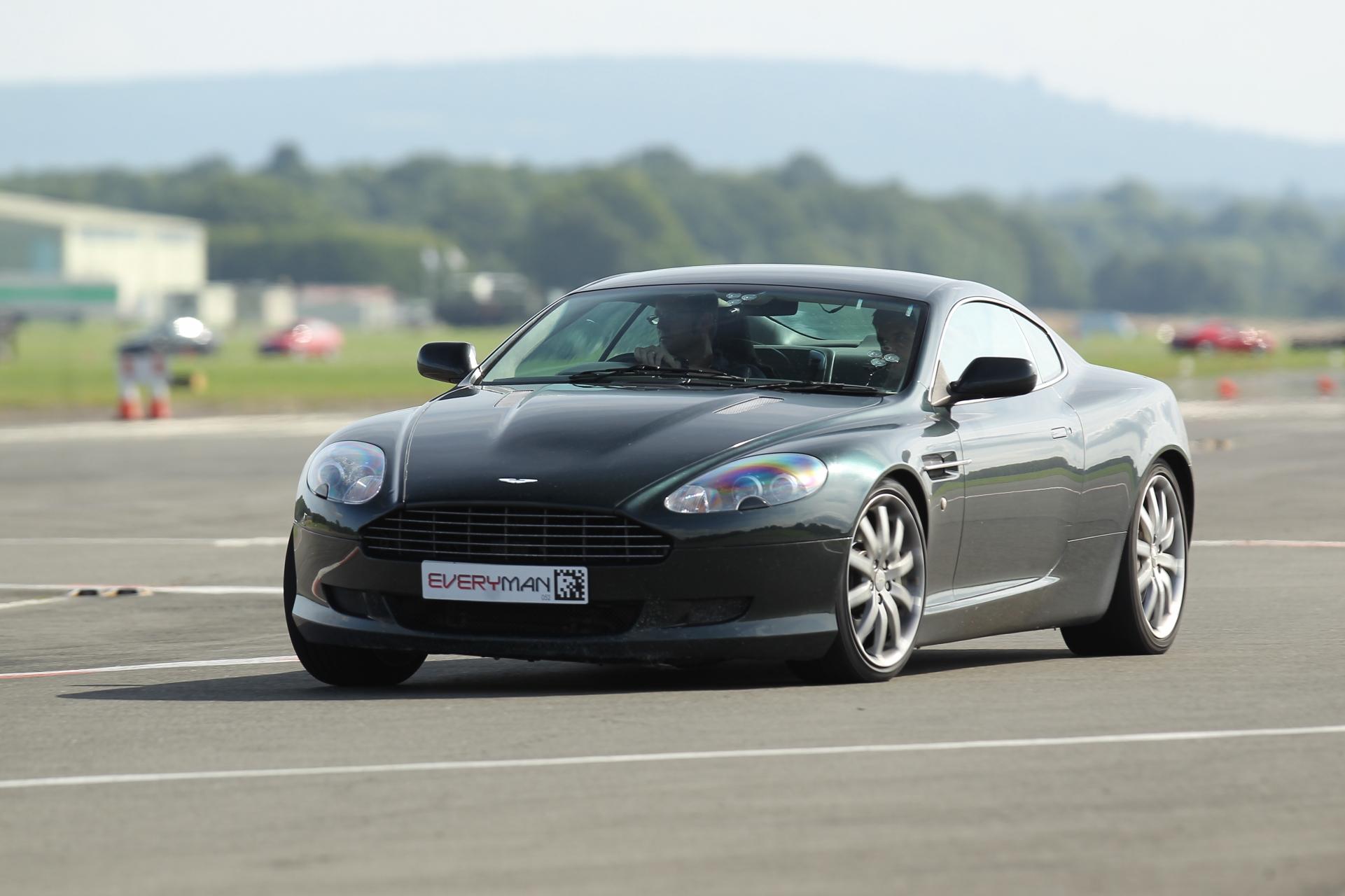 Aston MArtin DB9 Experience.