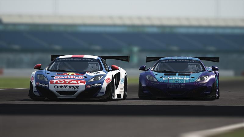 GT race - Silverstone 200 - 1