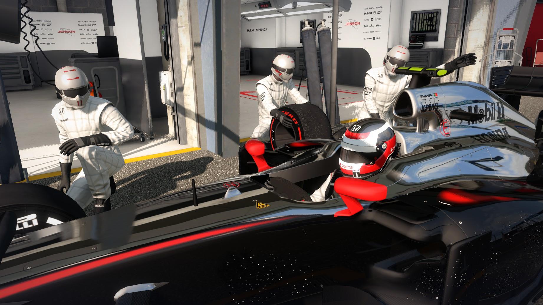 McLaren Honda's pit.