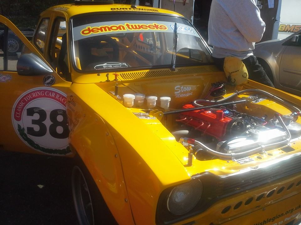 ford escort at brands hatch