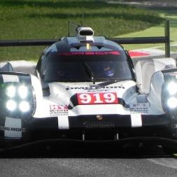 Porsche 919 Hybrid LMP1 In Action On Track - V4 Turbo Engine Sound