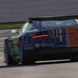 iRacing: Aston Martin DBR9 GT1 Hotlap at Interlagos