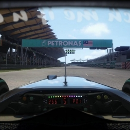 RD3: McLaren MP4-25 @ Sepang (Dry & Wet) Helmet Effect - F1 2010 60FPS