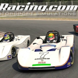 iRacing Spec Racer Ford at Okayama International - Fun battles