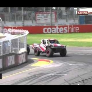 STADIUM SUPER TRUCKS ADELAIDE 2016 RACE 3 | Crashes And Fails [HD]