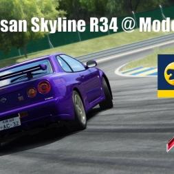 Fun with the Skyline R34 @ Modena