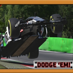 """iRacing: Dodge 'Em"" (Italian Grand Prix - McLaren MP4-30 at Monza GP)"