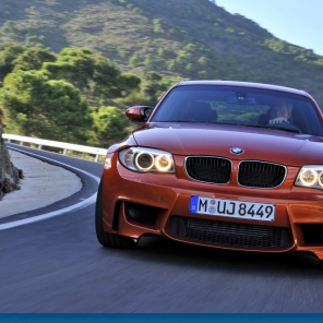 Assetto Corsa 1stPersonView Multiplayer BMW 1M at Mugello Race side by side & Sideways Human 100%