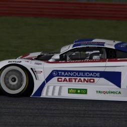 Assetto Corsa 1.8.  Saleens7r-Silverstone at night
