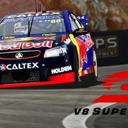 Simulation vs Real Life - Bathurst Hot Lap 2016 V8 Supercar