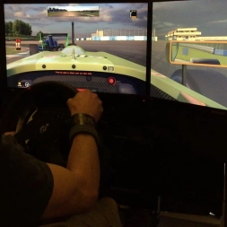 iRacing - Formula Renault - @ Donington International-