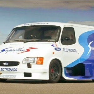 Assetto Mods: Ford Transit Supervan III against the world!