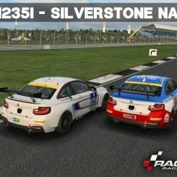 RaceRoom - BMW M235i - Silverstone National