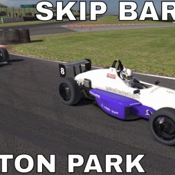 iRacing Skip Barber at Oulton Park - Good Battle with Frank