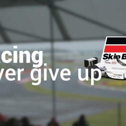 iRacing - Fighting for Position | Skip Barber @ Silverstone (Race 2)
