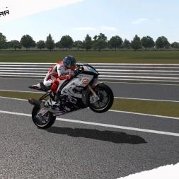 GP Bikes WorldSBK17 BMW S1000 RR Test