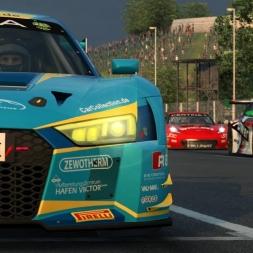 RaceRoom   AUDI R8 LMS vs Corvette C7 GT3-R @ IMOLA