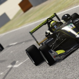 F3 Test Drive @ Silverstone - 4-Year-Old Drives Assetto Corsa