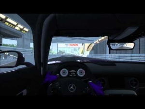 Mercedes SLS hoonage at Monaco