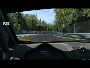 Assetto Corsa V's RaceRoom Racing Experience