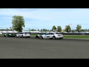 Race Room Experience :: Indianapolis :: GT2 Cars :: Single player Race