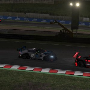 Aston Martin vs Audi, two skins of mine @Suzuka rFactor 2